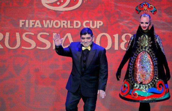 Диего Марадонна посоветовал Месси «просто наслаждаться игрой»