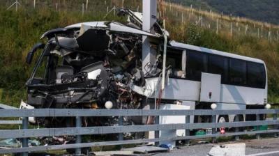 В Швейцарии автобус с туристами попал в ДТП