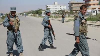 В Афганистане охранники губернатора застрелили начальника местной полиции