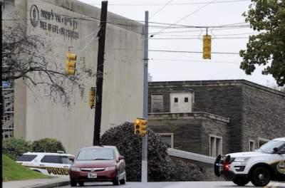 В США неизвестный устроил перестрелку в синагоге