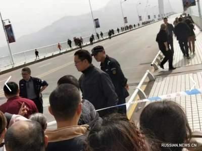 Смертельное ДТП в Китае: автобус с людьми рухнул в реку