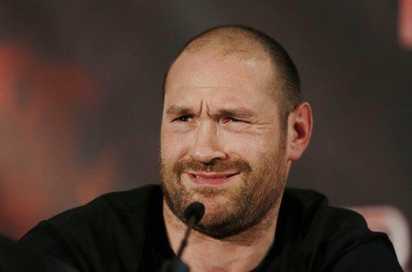 Тайсон Фьюри напугал Энтони Джошуа предложением уличной драки