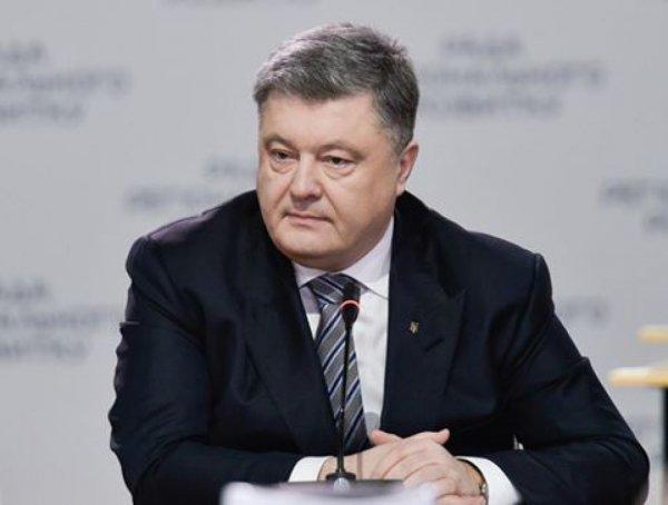 Порошенко уверен, что со временем «Шахтер» вернется в Донецк