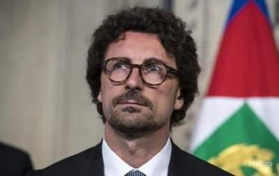 Власти Италии решили бороться с