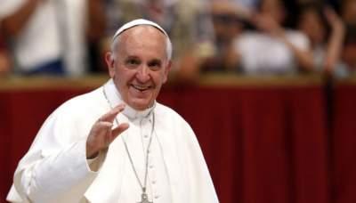 Папа Римский назвал сплетни «терроризмом»