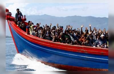 Возле Италии затонула лодка с мигрантами