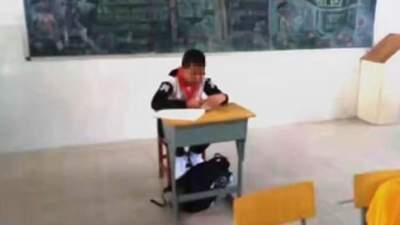 В Китае учитель отсадила больного раком мальчика от класса