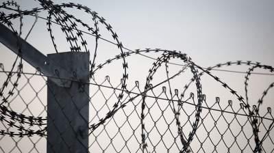 Из индонезийской тюрьмы во время молитвы сбежали 87 преступников