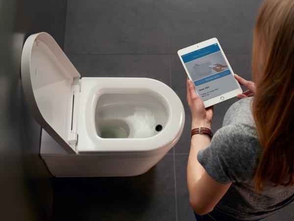 В офисах с помощью «умных» туалетов начнут следить за фекалиями сотрудников