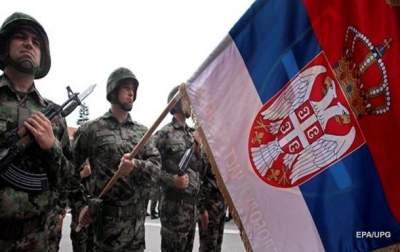 Сербия угрожает ввести войска в Косово