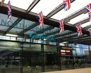 В аэропорту Лондона застряли несколько тысяч пассажиров