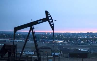 Санкции не работают: Иран уверяет, что без проблем торгует нефтью