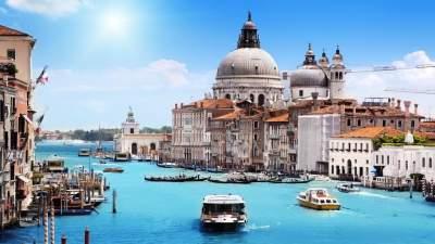 В Венеции туристов обяжут платить за вход в город