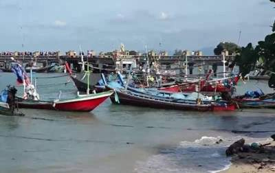 На курорты Таиланда надвигается мощный ураган