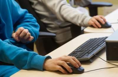 В Эстонии отменили обучение на русском языке