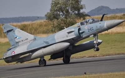 На востоке Франции пропал с радаров истребитель