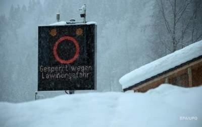 Пять человек погибли после схода лавин в Альпах в минувшие выходные