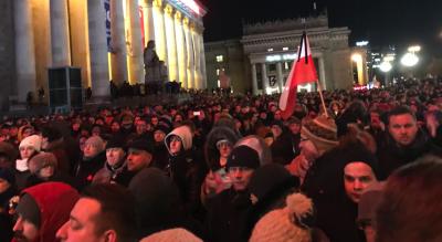 В Польше тысячи людей почтили память мэра Гданьска