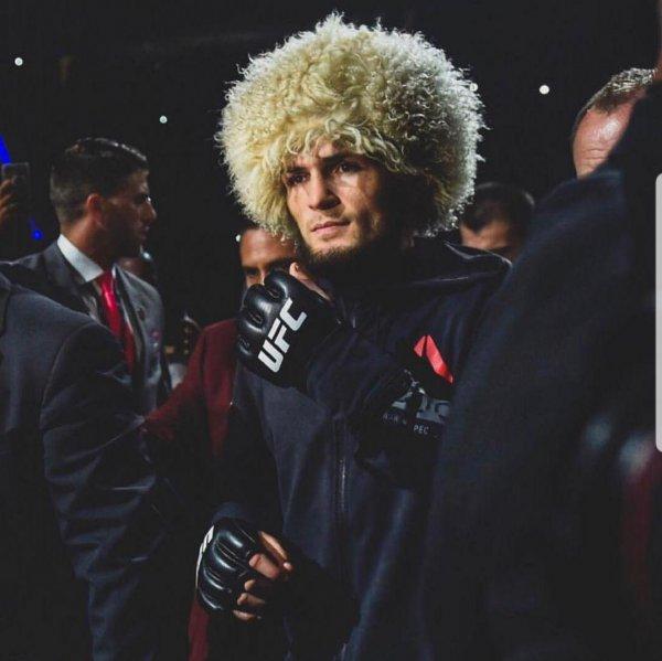 «Косит от боя»: Хабиб Нурмагомедов боится боя с Тони Фергюсоном