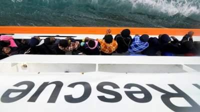 Италия приняла мигрантов со спасательного судна