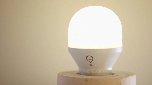 Хакер выявил метод взлома Wi-Fi при помощи «умной лампочки»