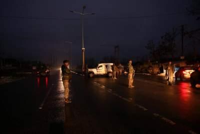 В Индии взорвался автобус с военными: много погибших