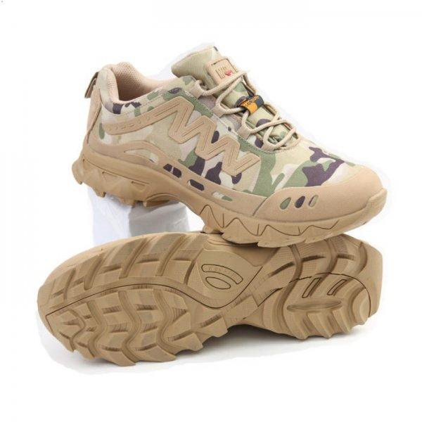 Армейская обувь популярна и на гражданке