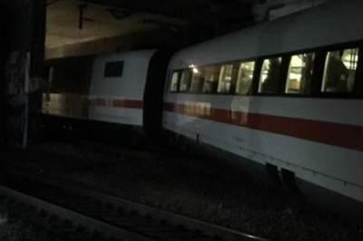 В Швейцарии сошел с рельсов скоростной поезд