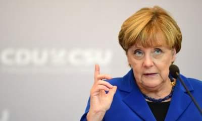 Меркель выступила с политическим