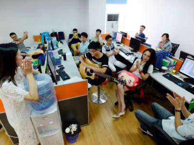 В Китае при приеме на работу отменили необычное правило