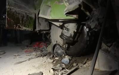 В Китае разбился грузовик с рабочими: десятки жертв