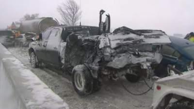 В Канаде попали в ДТП около 100 машин: есть пострадавшие