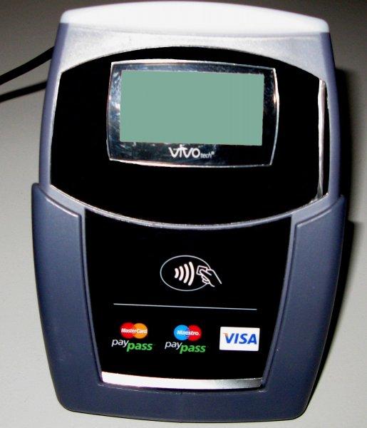 В России появятся бесконтактные банкоматы для снятия наличных с помощью смартфонов