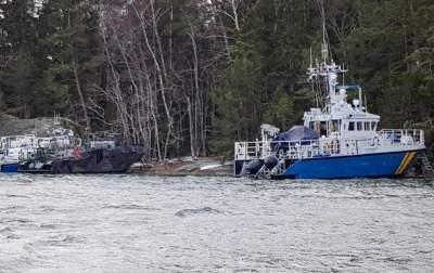 В Швеции сел на мель военный катер: есть пострадавшие