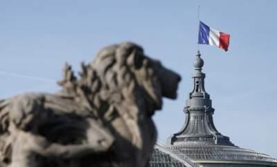 МИД Франции оштрафовали за малое количество женщин