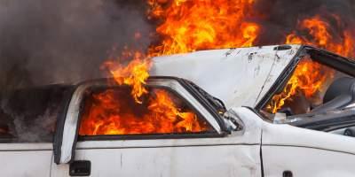 В Норвегии подруга министра подожгла его автомобиль
