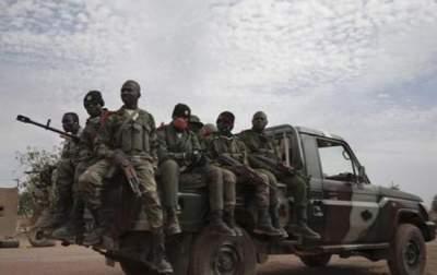 Боевики атаковали военную базу в Мали: есть погибшие