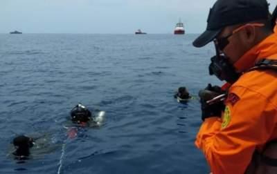 СМИ раскрыли данные «черных ящиков» с разбившегося в Индонезии Boeing