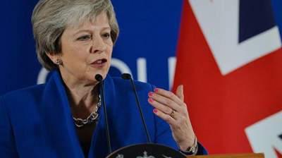 Мэй на сутки отдала контроль над Brexit парламенту Британии