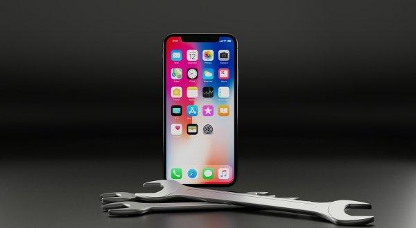 Заплати 90 тысяч, получи «кирпич»: Новое обновление iOS ломает «хвалёные» iPhone X