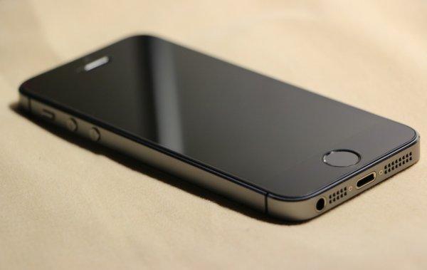 Apple намеренно «старит» iPhone? Найдены доказательства мошенничества «яблочного гиганта»