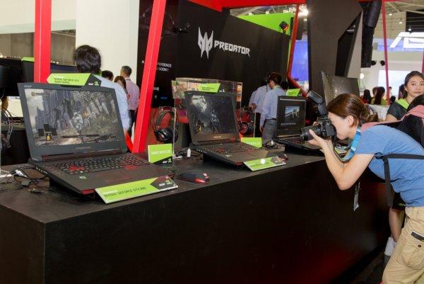 Acer презентовали игровой ноутбук с выдвижной клавиатурой