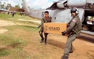 В США предложили силой доставить гумпомощь в Венесуэлу