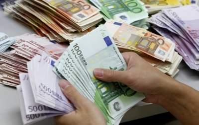 В Польше отказались переходить на евро