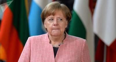 Меркель может стать главой Еврокомиссии – Юнкер