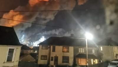 В Британии прогремел мощный взрыв на заводе: есть раненые