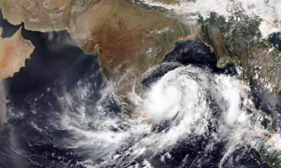 В Индии эвакуировали 800 тысяч человек