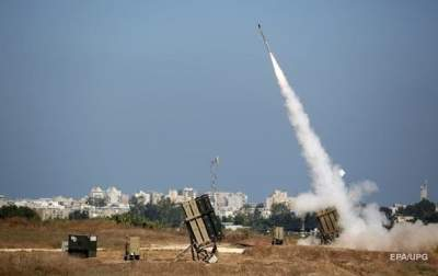 Израильская армия запустила 90 ракет из сектора Газа