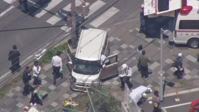 В Японии автомобиль протаранил толпу детей: есть погибшие