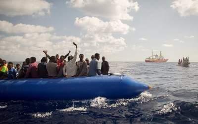У побережья Мальты спасли группу мигрантов